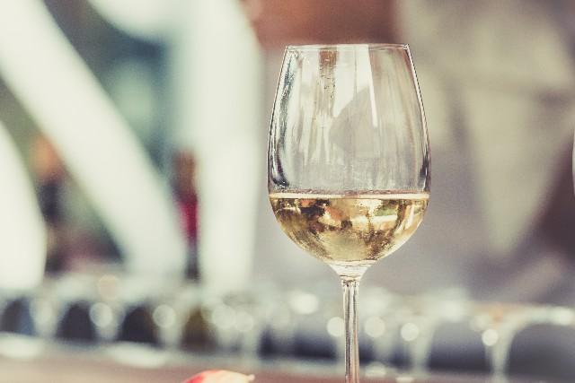 Enjoy Vino From Around the World at Flight Wine Bar