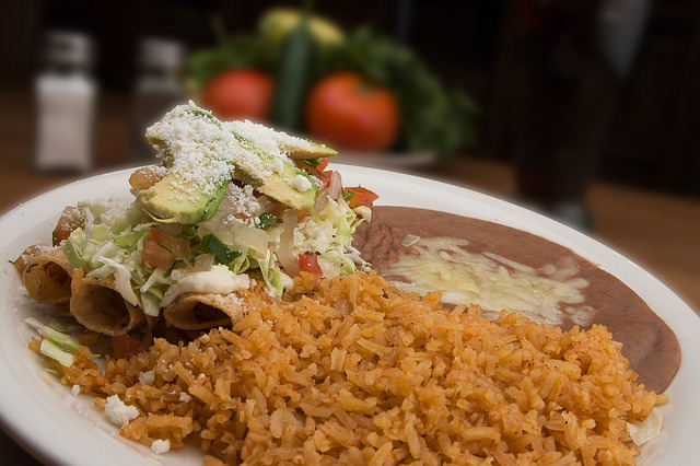 Experience Authentic Mexican Cuisine at Mi Vida Restaurante